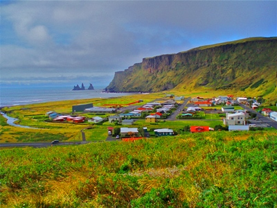Vík Town (What To See - South West)